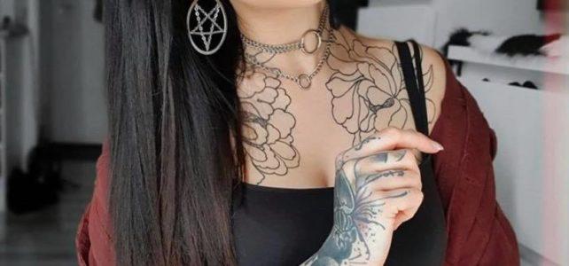 Die schöne @alexa_zeitel mit unseren Pentagram Hoops.